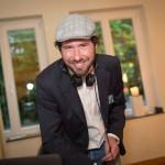 DJ Markus Rosenbaum legt Musik bei einer Hochzeit im Hotel Mutterhaus in Düsseldorf NRW auf.