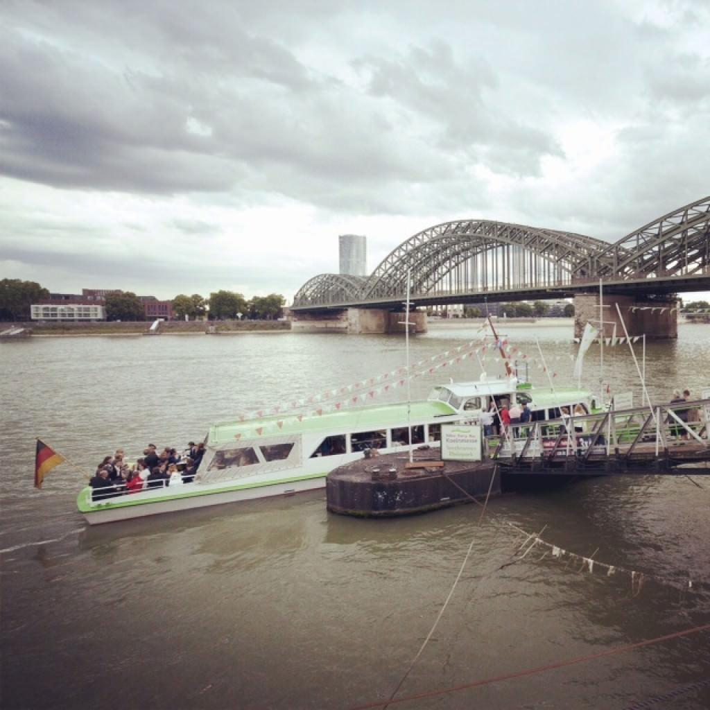 Die Deutsch-Französische Hochzeit fand in den Rheinterrassen in Köln statt.
