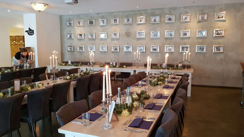 Hochzeitslocation Das Trüffelschwein in Hilden: Festsaal mit Tischen