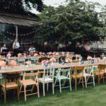 Ihr wollt eine Gartenhochzeit planen? So gelingt der Sommernachts-Hochzeitstraum