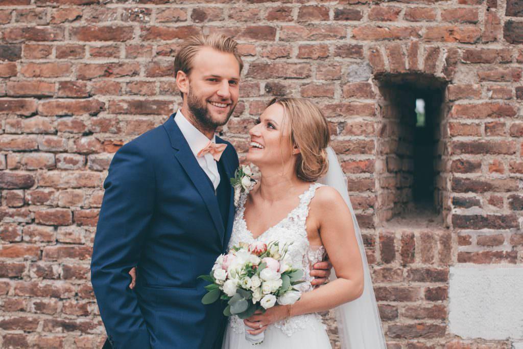 Hochzeit Blumenhalle Jülich: Hochzeitsfoto vom Brautpaar