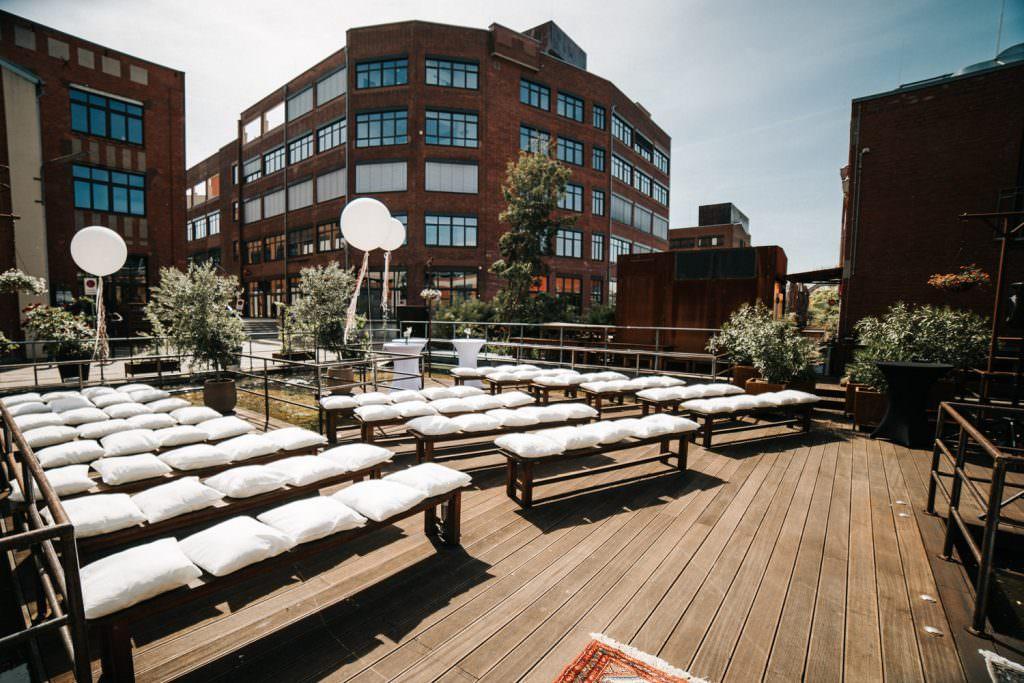 Hochzeitslocation Seifenfabrik Düsseldorf Außenterrasse für Freie Trauung